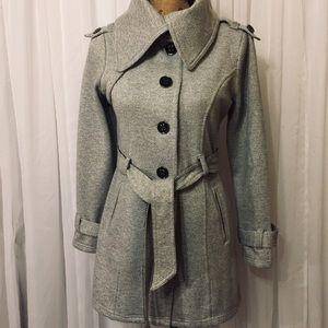 IZ BEYER Grey and white jacket